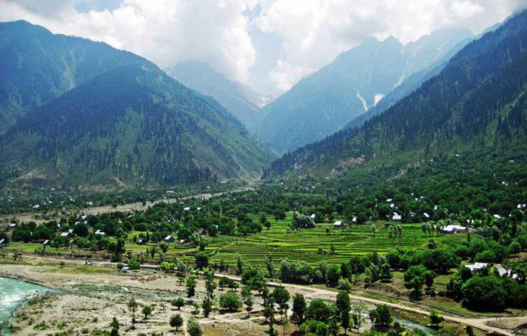 Hair-Trigger Nuclear Alert Over Kashmir