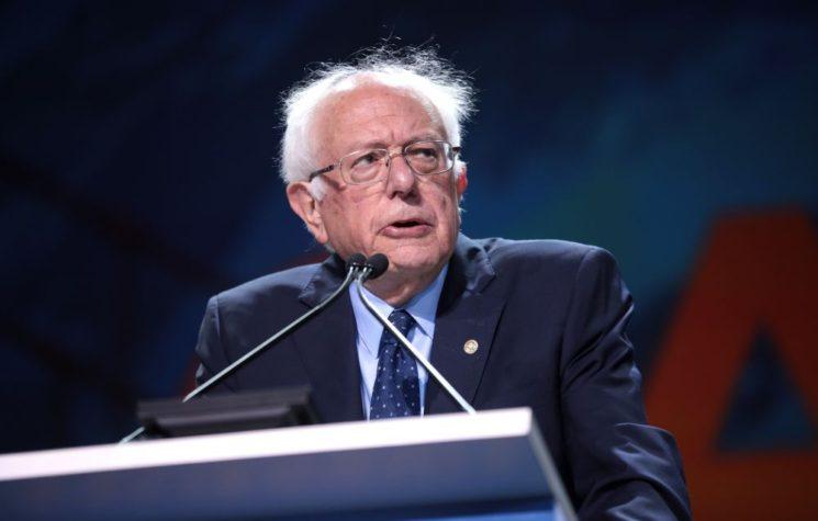 Media Skewers 'Sexist' Sanders for Refusing to Bend the Knee
