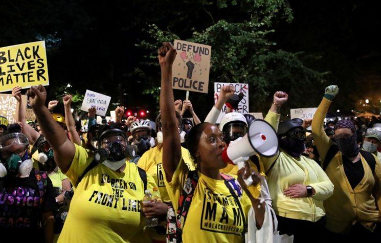 Are the Democrats Plotting a 'Maidan Trap' for Trump at 'Peaceful' Portland Protests?