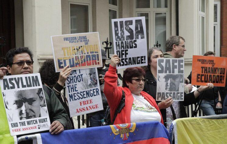 John Pilger: The Stalinist Trial of Julian Assange