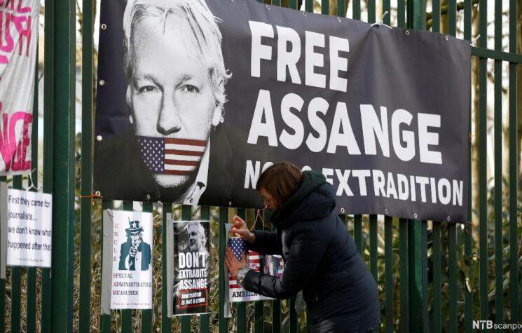 The Weird, Creepy Media Blackout on Recent Assange Revelations