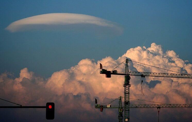 ET, You Bore Me: Unidentified Aerial Phenomena and the Pentagon